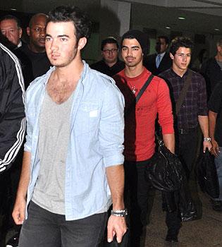 Demi Lovato abre el concierto de los Jonas Brothers en Puerto Rico