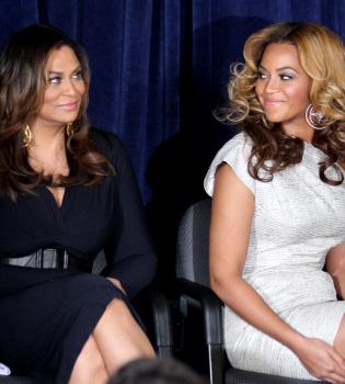 La madre de Beyoncé desmiente el embarazo de su hija