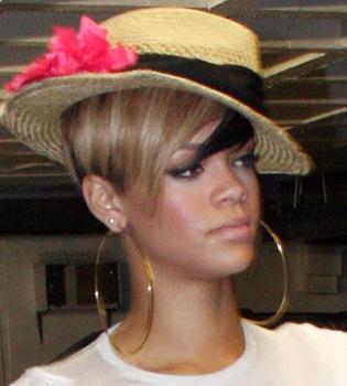 Rihanna se siente culpable por fallar a su amiga Katy Perry