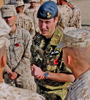 El Príncipe Guillermo se va a Afganistán a animar a los suyos