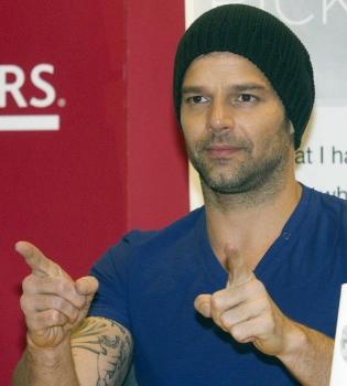 Ricky Martin pone música a su libro 'YO'