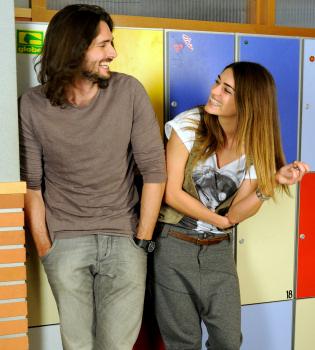 Olivia Molina y Sergio Mur pura fisica y química detrás de las cámaras