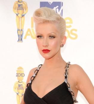 El nuevo novio de Christina Aguilera quiere aprovecharse de ella