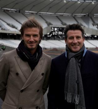 David Beckham supervisa las obras de las Olimpiadas 2012