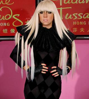 Lady Gaga, inmortalizada en ocho figuras de cera