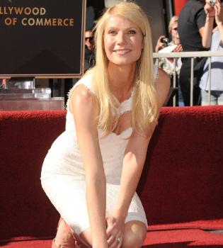 Gwyneth Paltrow descubre su estrella de la fama sin la compañía de su familia