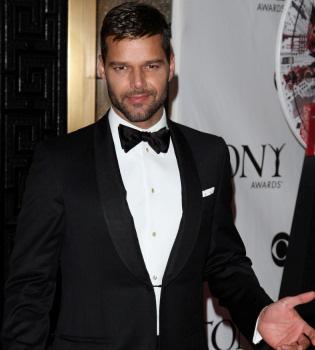 Ricky Martin se anima con una gira española para verano de 2011