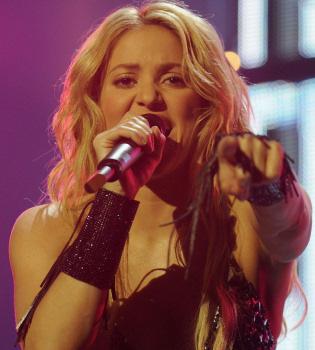 Shakira y Estopa, los más vendidos en España en 2010