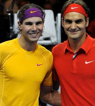 Rafa Nadal y Roger Federer, juntos en un partido contra la pobreza