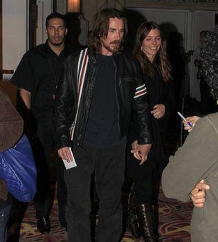 Christian Bale, cambio de look para meterse en la piel de un sacerdote