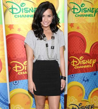 Demi Lovato, rehabilitada, vuelve al trabajo en 2011