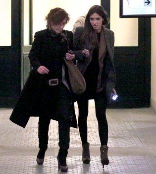 Sara Carbonero, tarde de compras y tapas sin Iker Casillas