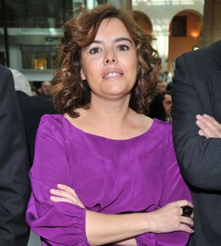 Soraya Sáenz de Santamaría se fractura la nariz esquiando