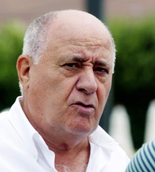 Amancio Ortega deja en manos de otro la presidencia de Zara