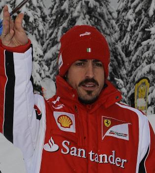 Fernando Alonso cambia el Ferrari por un par de esquís