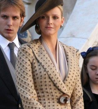 Charlene Wittstock elige a Armani para que diseñe su vestido de novia