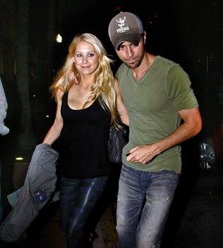 Enrique Iglesias y Anna Kournikova esperan su primer hijo
