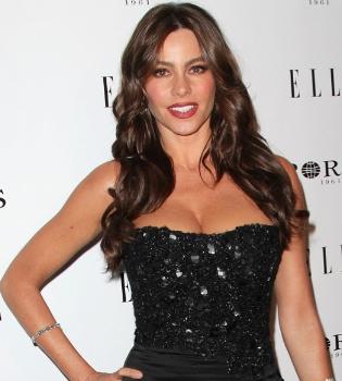 Sofía Vergara eclipsa con su belleza a todas las asistentes a una fiesta de ELLE