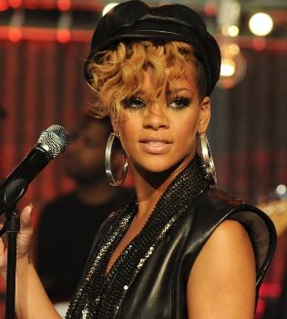 Una modelo asegura haber tenido encuentros sexuales con Rihanna