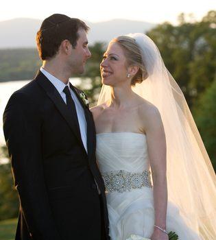 Chelsea Clinton y su marido Marc Mezvinsky no están en crisis