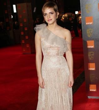 Emma Watson aparca temporalmente sus estudios para terminar 'Harry Potter'