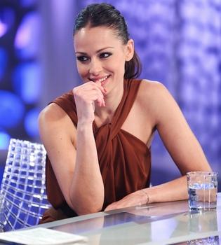 Eva González endulza 'El hormiguero'