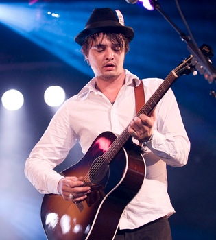 Peter Doherty presenta 'Grace/Wastelands' en España