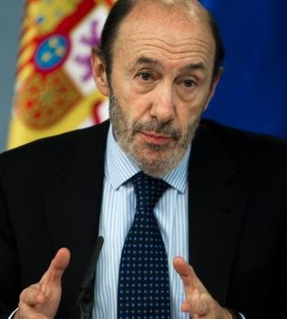 Alfredo Pérez Rubalcaba recibe el alta y mantendrá tratamiento domiciliario