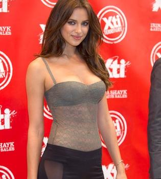 Irina Shayk, protagonista de la Feria de Moda y Calzado