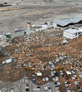 Un nuevo terremoto en Fukushima provoca tensión ante una hecatombe nuclear