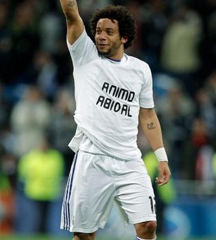 El Real Madrid apoya a Abidal en su lucha contra el cáncer de hígado
