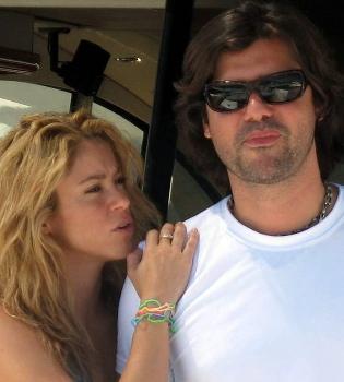 Antonio de la Rúa le fue infiel a Shakira con Marina Gallo durante 6 años