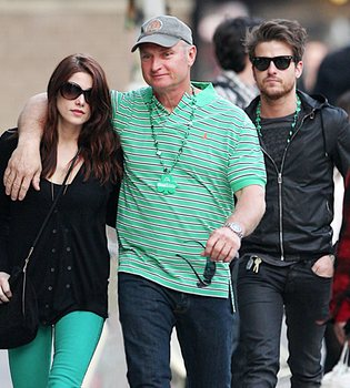 Jared Followill y Ashley Greene desmienten su romance