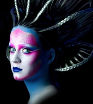 Katy Perry se volvió un alien :O  1880-i