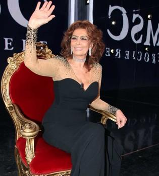 La Academia de Hollywood, a los pies de Sofía Loren