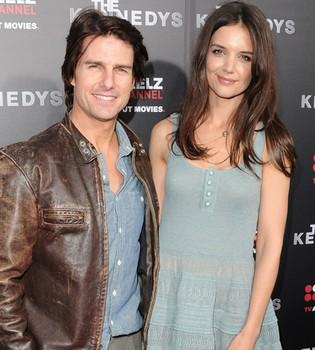 Tom Cruise y Katie Holmes, muy cariñosos en la premiere de 'Los Kennedy'