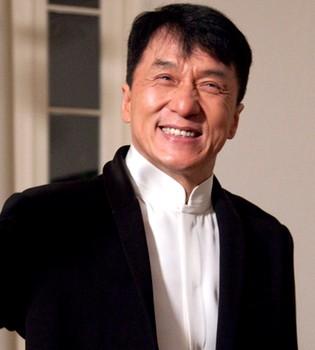 Jackie Chan desmiente su propia muerte