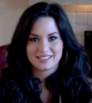 Demi Lovato se confiesa sobre sus trastornos nerviosos y alimenticios