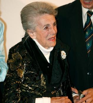 La veterana actriz María Isbert, ingresada en un hospital