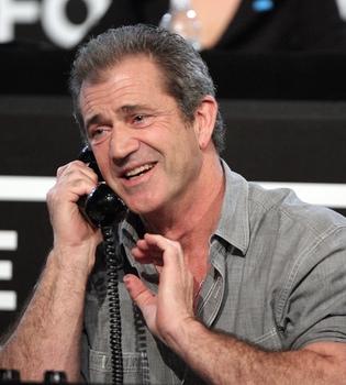 Mel Gibson se defiende: