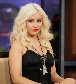 Show de Jay Leno: Christina Aguilera, orgullosa de sus kilitos