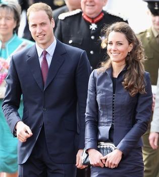 Inglaterra retira la invitación a la Boda Real al embajador sirio