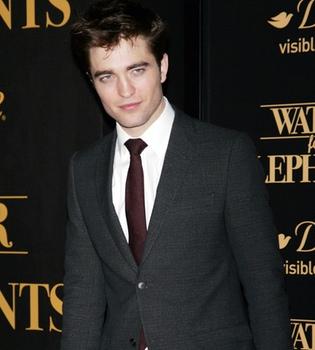 Robert Pattinson vuela a Toronto para rodar 'Cosmopolis'