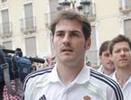Iker Casillas y Sergio Ramos felicitan al Barcelona por la Champions