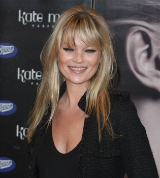 Kate Moss adelanta por sorpresa su boda al 1 de julio