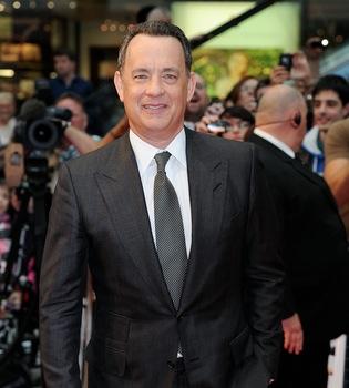 Un feliz Tom Hanks estrena 'Larry Crowne'