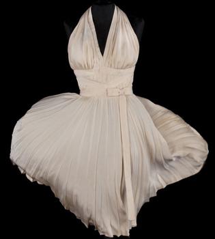 El vestido blanco de Marilyn Monroe, subastado por más de 3 millones de euros