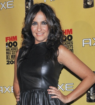 Melanie Olivares anuncia en su Twitter que está embarazada