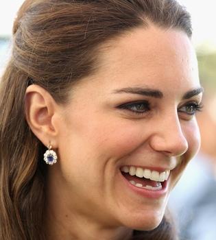 Kate Middleton luce unos pendientes de Diana de Gales