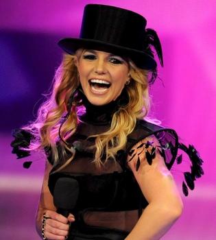 Britney Spears incluye a Brasil y México en su gira 'Femme Fatale'